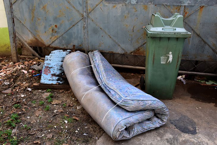 what to do with an old mattress near me